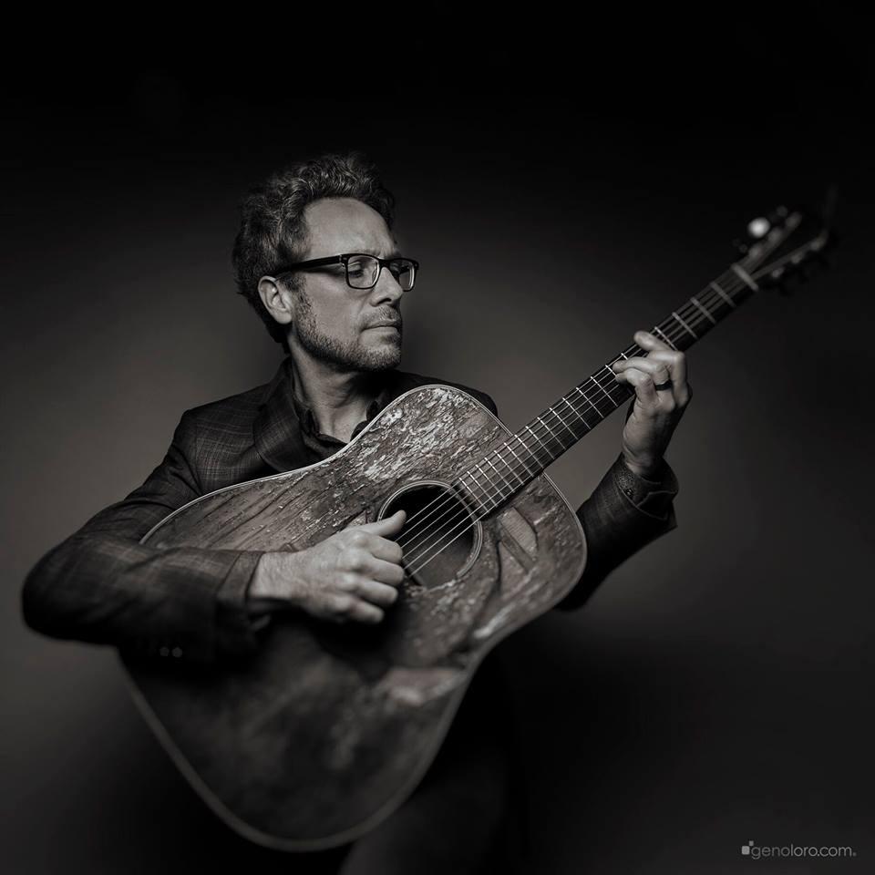 Brad Thompson and his guitar, Barbara